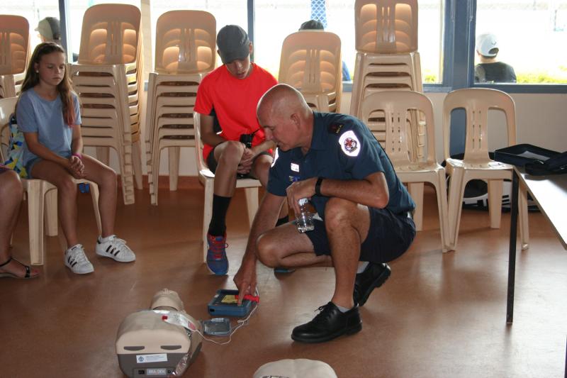 Defibrillator-Training-2